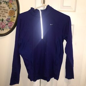 Nike pull over size M